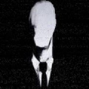 Slender in Nightmare Camp Play Game online Kiz10 com - KIZ